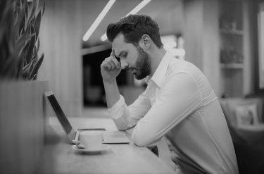 離職率の出し方と、すぐ辞める社員を定着させる方法